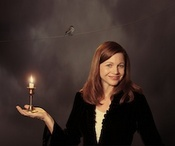 Carrie Newcomer_bird-candle_Kindred_Spirits_Carrie_ 225 copy.jpg